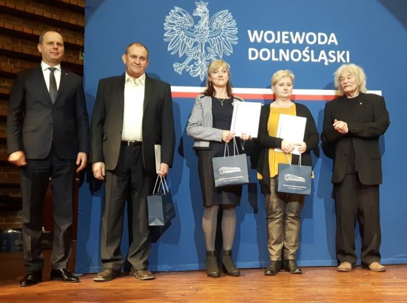 Jadwiga Wierzbowska  iJan Sychla wśród setki laureatów konkursu Sołtys Roku 2018