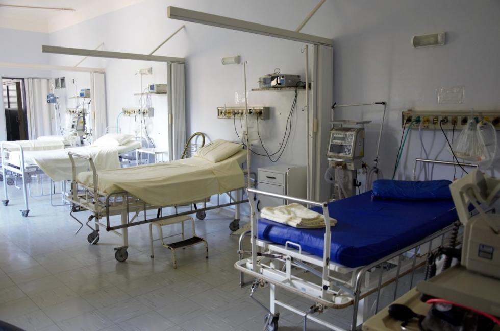 Wojewodowie idyrektorzy szpitali przygotowują izolatoria wkażdym województwie