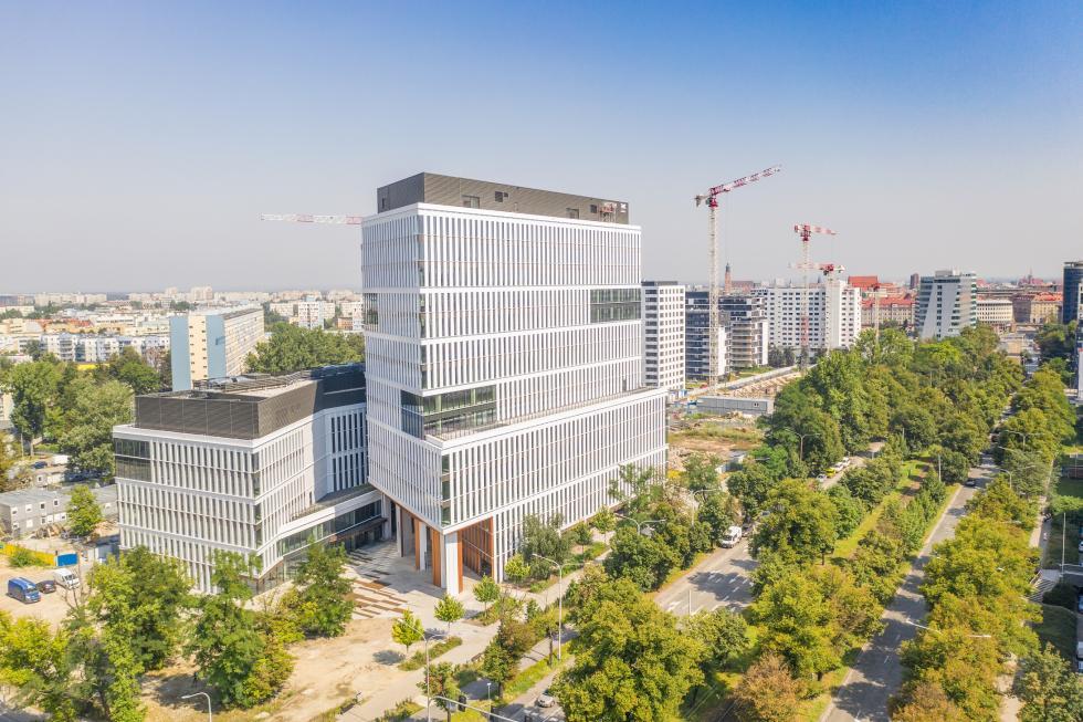 Zielona energia zfarm wiatrowych napędza wrocławskie Centrum Południe